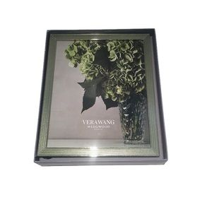 NWT Vera Wang Wedgewood, With Love Mist frame 8x10